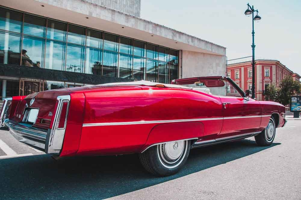 Cadillac Eldorado red brilliant 1971