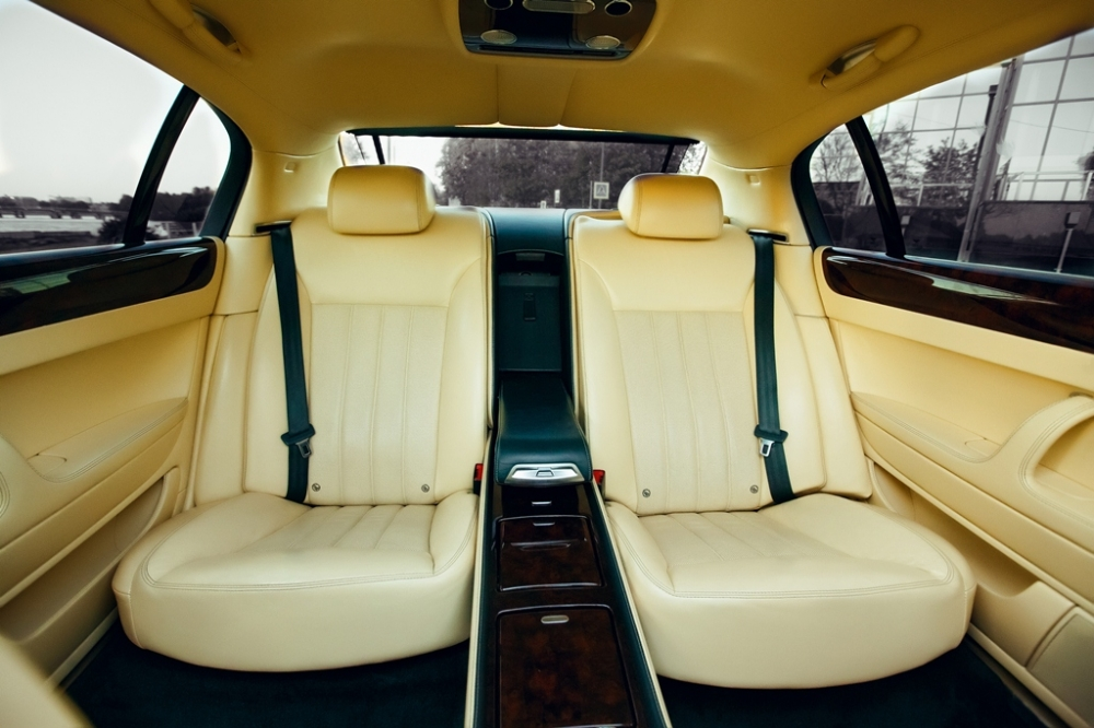 Цена аренды Bentley Continental Flying Spur