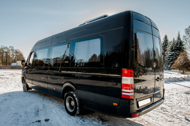 Заказать Mercdes Sprinter VIP на свадьбу