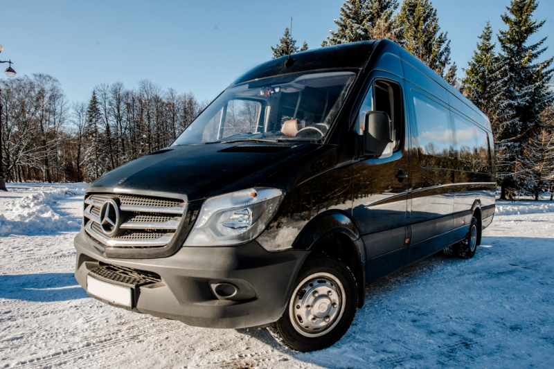 Прокат Mercdes Sprinter VIP в Санкт-Петербурге